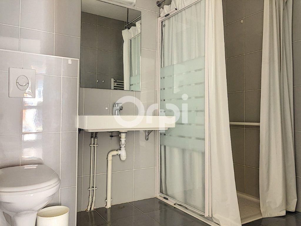 Appartement à louer 2 45.58m2 à Orléans vignette-6