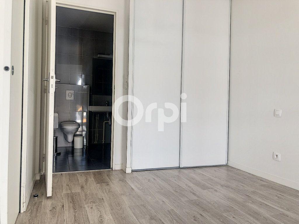 Appartement à louer 2 45.58m2 à Orléans vignette-7