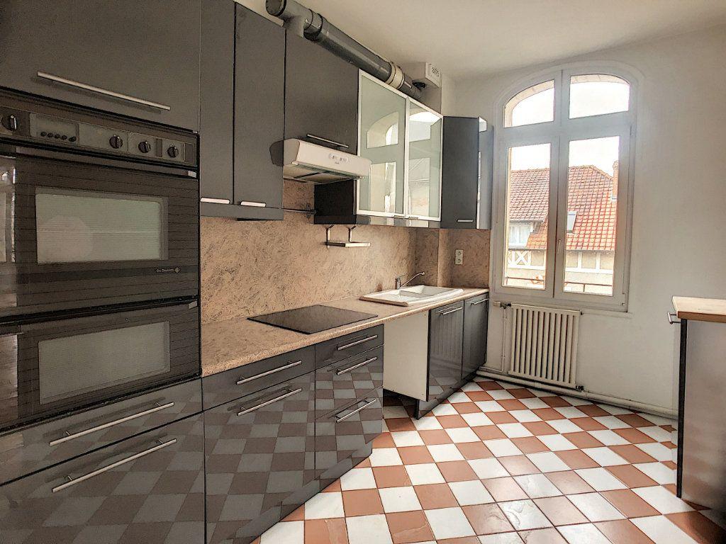 Appartement à louer 5 98.63m2 à Orléans vignette-3
