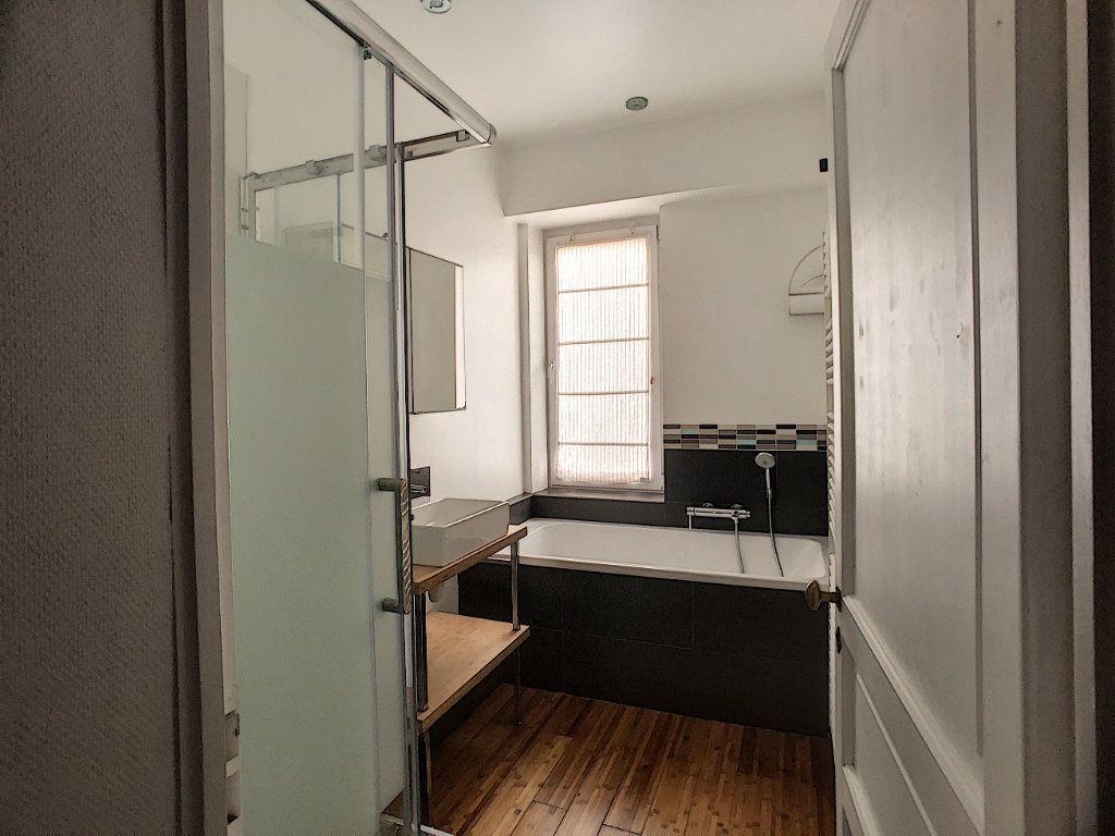 Appartement à louer 5 98.63m2 à Orléans vignette-7