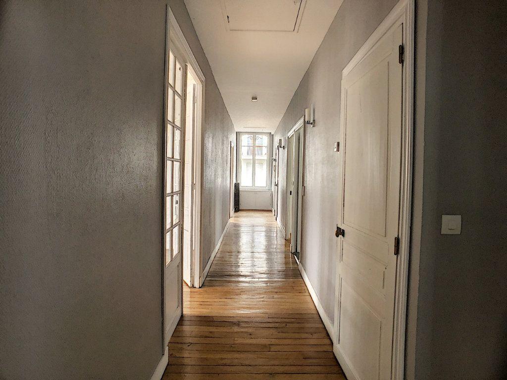 Appartement à louer 5 98.63m2 à Orléans vignette-8