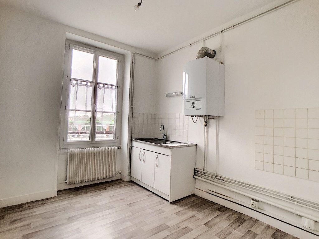Appartement à louer 1 34m2 à Orléans vignette-2