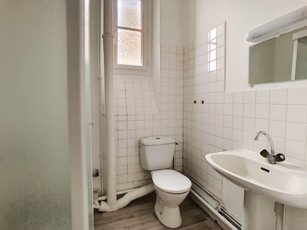 Appartement à louer 1 34m2 à Orléans vignette-4