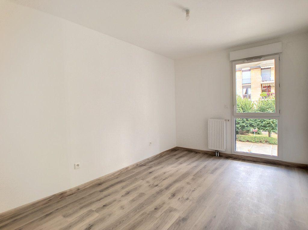 Appartement à louer 2 39.67m2 à Orléans vignette-3