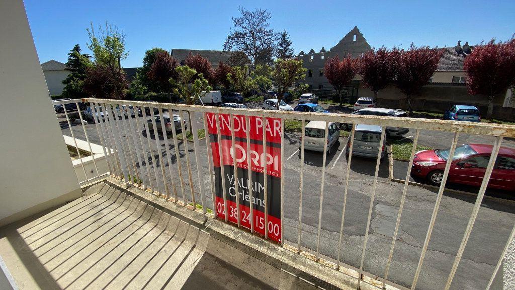 Appartement à vendre 4 89m2 à Saint-Jean-de-la-Ruelle vignette-8