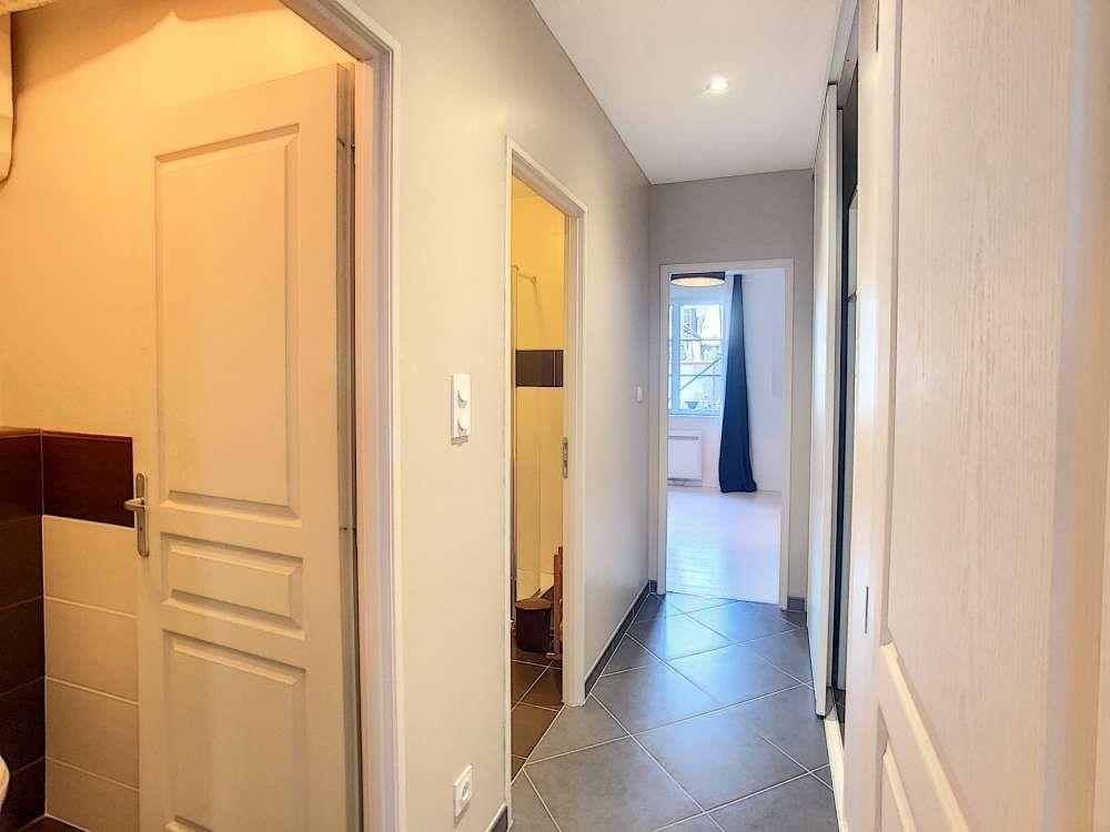 Appartement à louer 2 56.51m2 à Orléans vignette-5