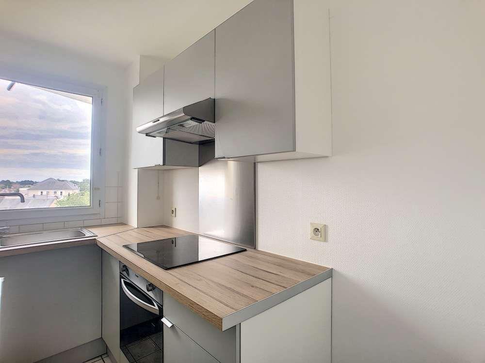 Appartement à louer 2 47.02m2 à Orléans vignette-1