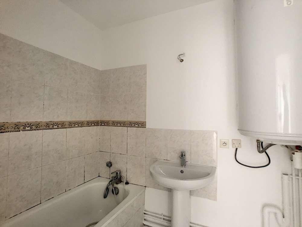 Appartement à louer 2 47.02m2 à Orléans vignette-4