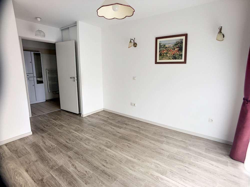 Appartement à louer 2 48.43m2 à Saint-Cyr-en-Val vignette-8