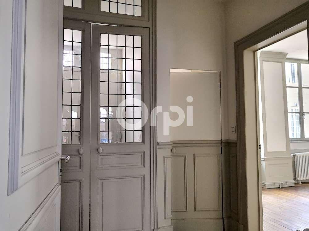 Appartement à louer 3 83.39m2 à Orléans vignette-4