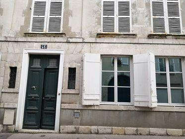 Appartement à louer 3 83.39m2 à Orléans vignette-8