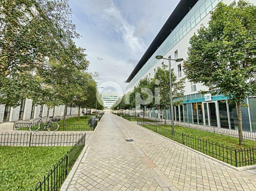 Appartement à louer 2 42.88m2 à Orléans vignette-1