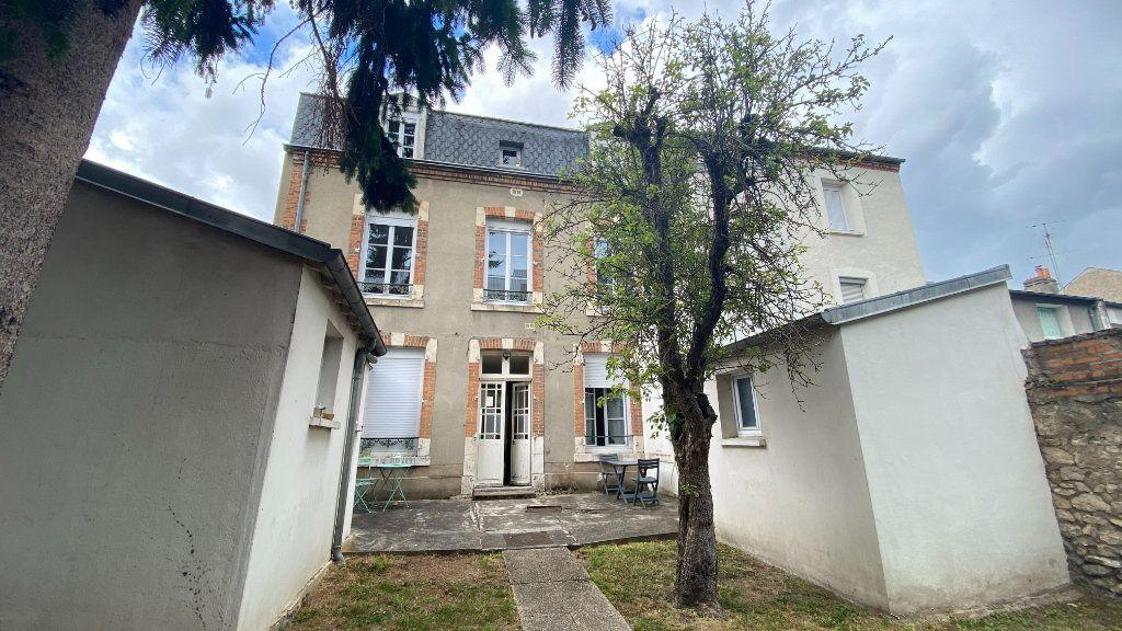 Appartement à louer 2 40m2 à Orléans vignette-5