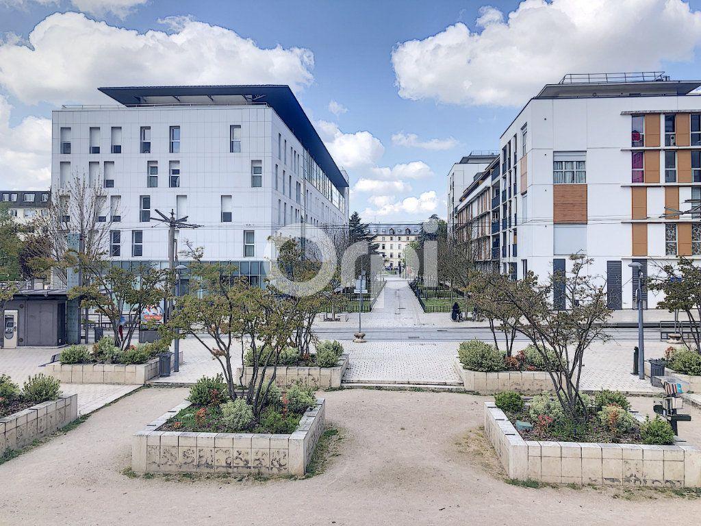 Appartement à louer 3 64.51m2 à Orléans vignette-7