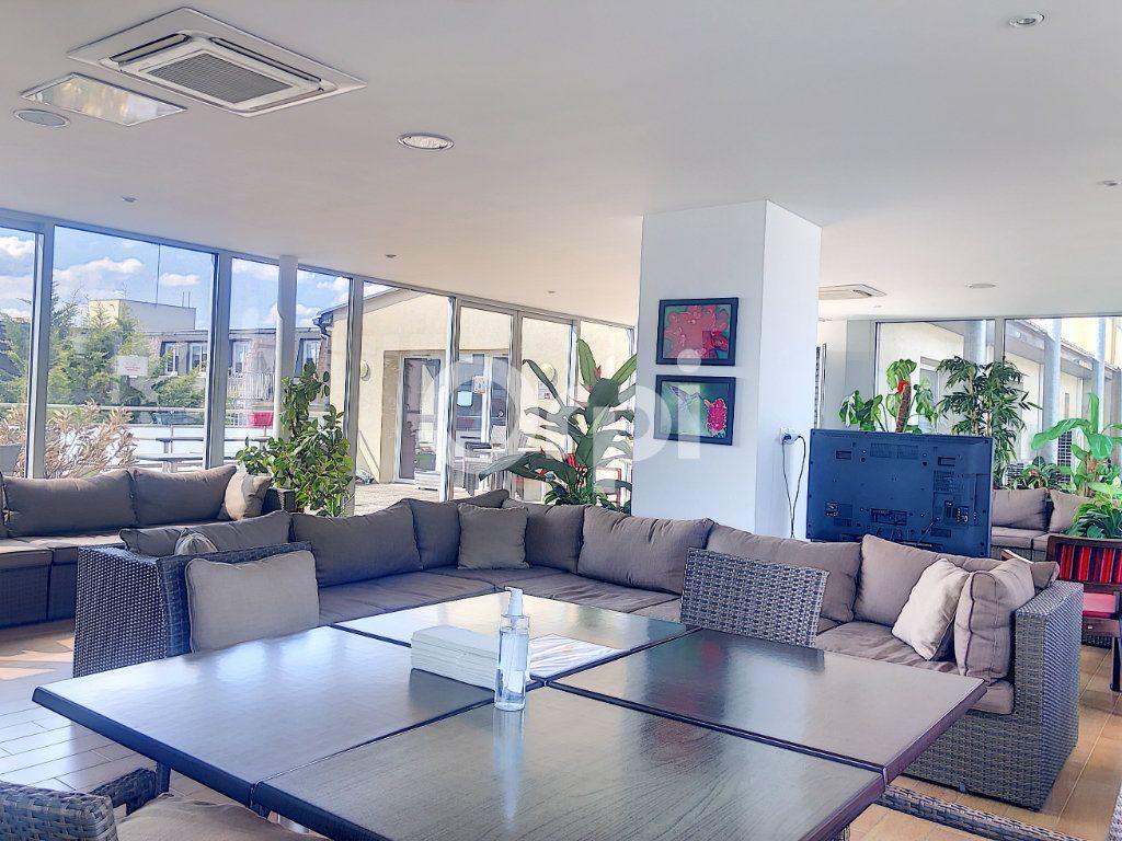 Appartement à louer 3 64.51m2 à Orléans vignette-8