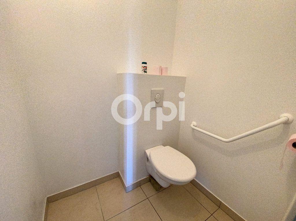 Appartement à louer 3 64.51m2 à Orléans vignette-10