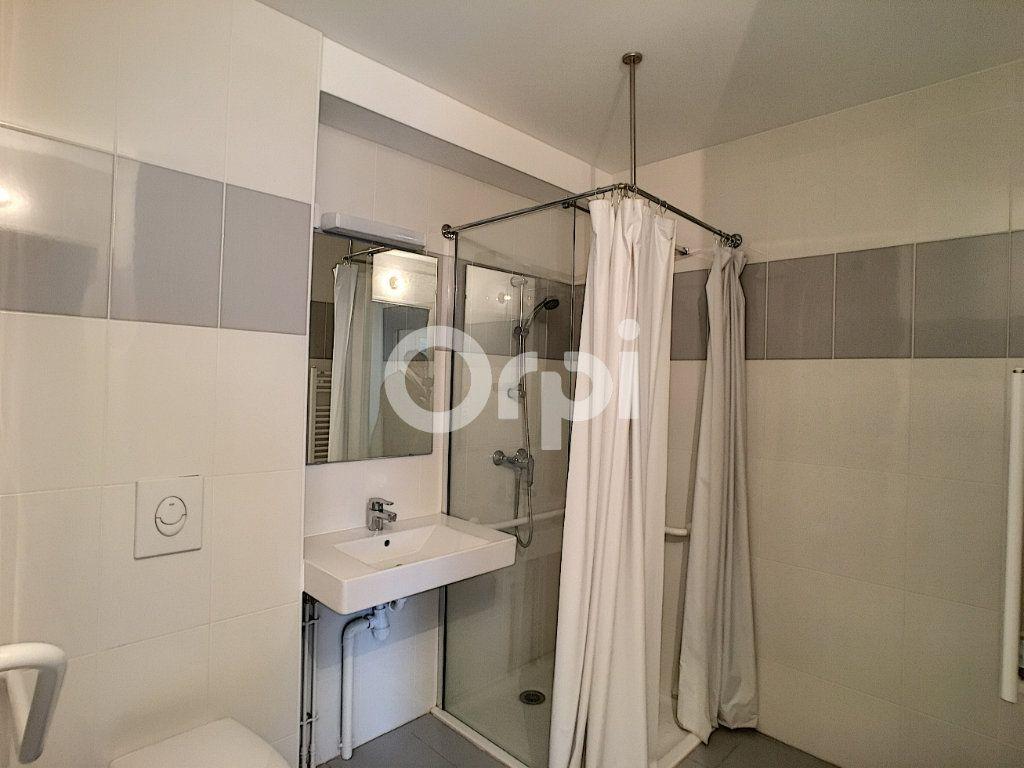 Appartement à louer 2 44.24m2 à Orléans vignette-5