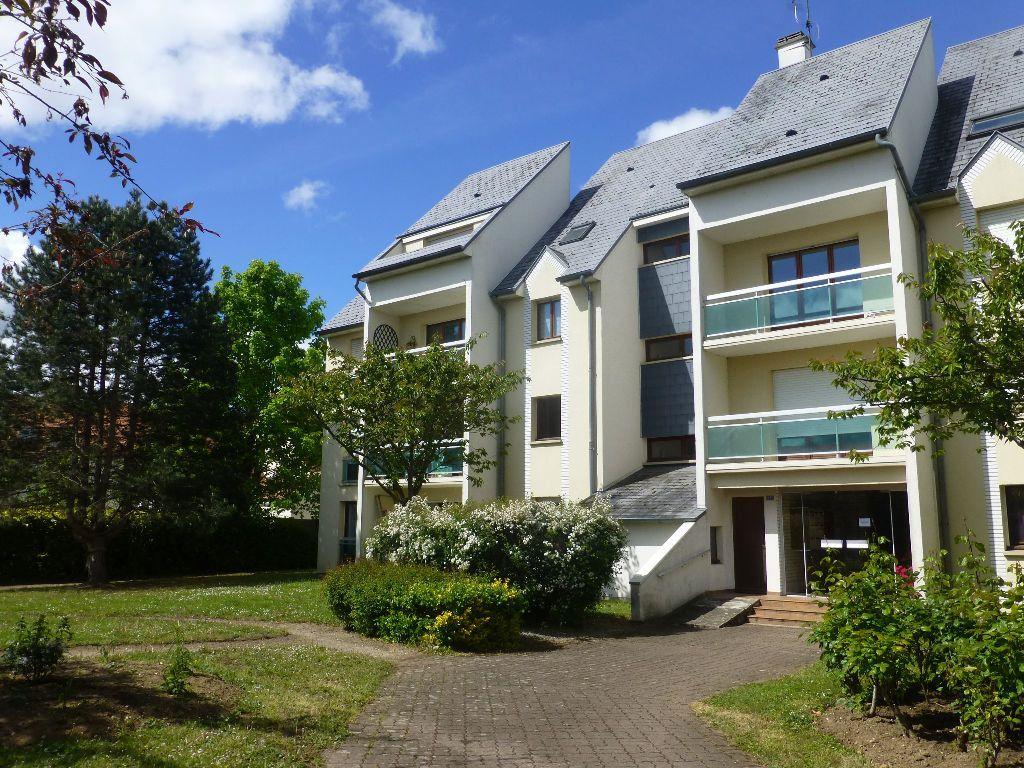 Appartement à louer 1 31.7m2 à Olivet vignette-1