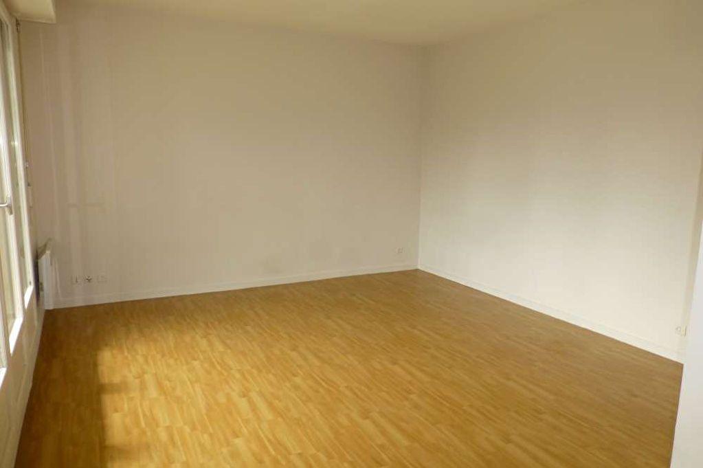 Appartement à louer 1 31.7m2 à Olivet vignette-7