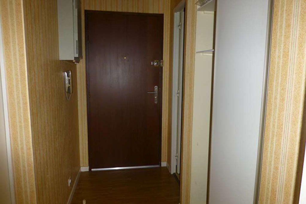 Appartement à louer 1 31.7m2 à Olivet vignette-12
