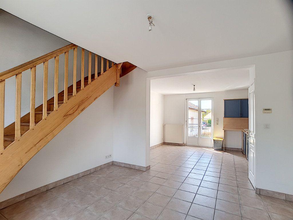 Appartement à louer 3 50.29m2 à Olivet vignette-2