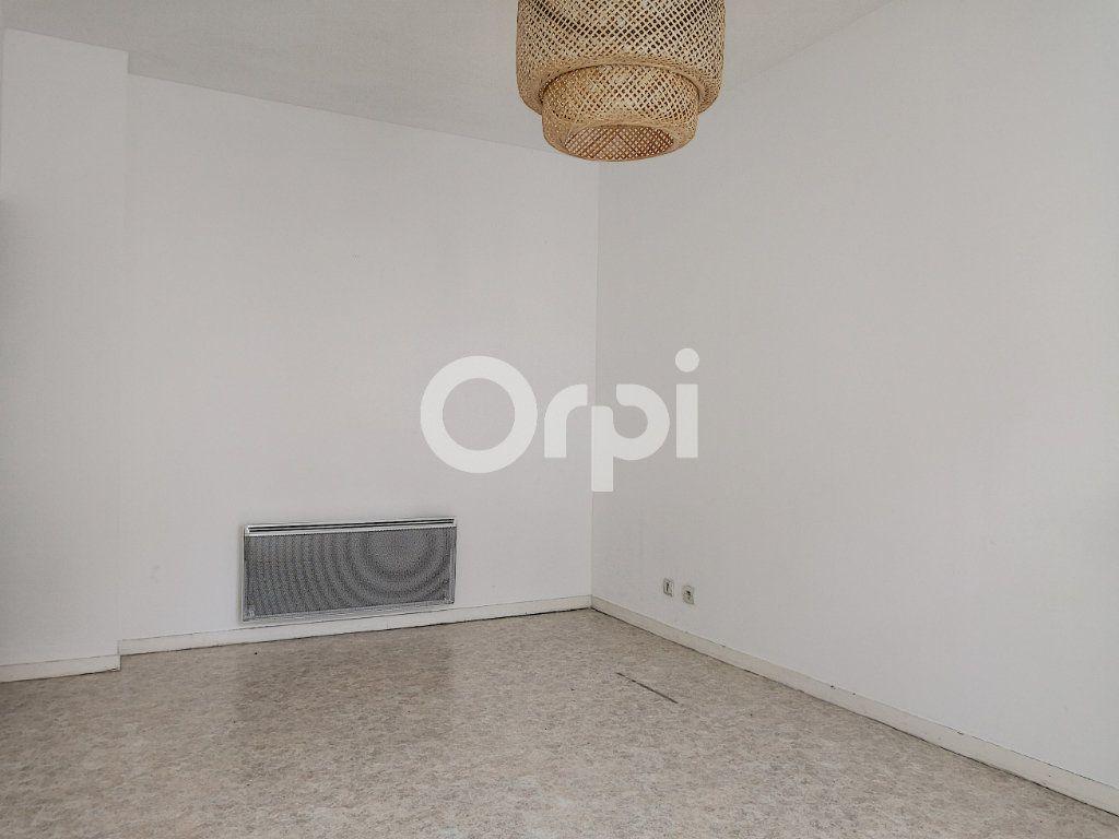 Appartement à louer 2 46.26m2 à Orléans vignette-6