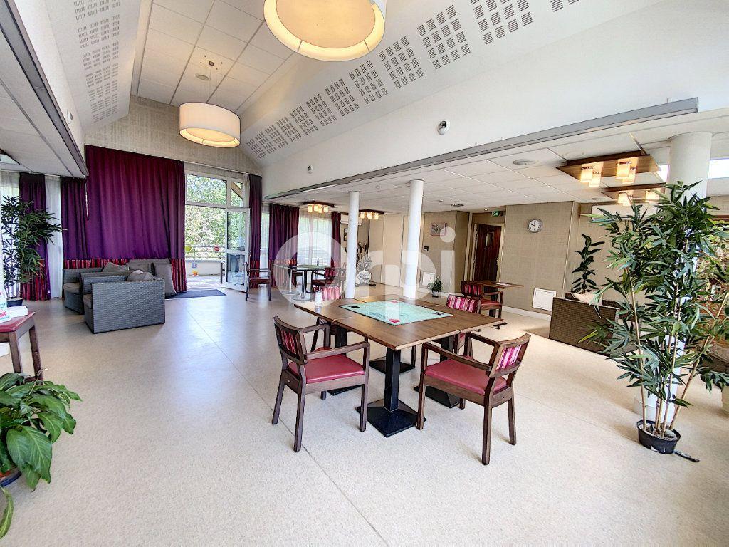 Appartement à louer 2 48.43m2 à Saint-Cyr-en-Val vignette-11