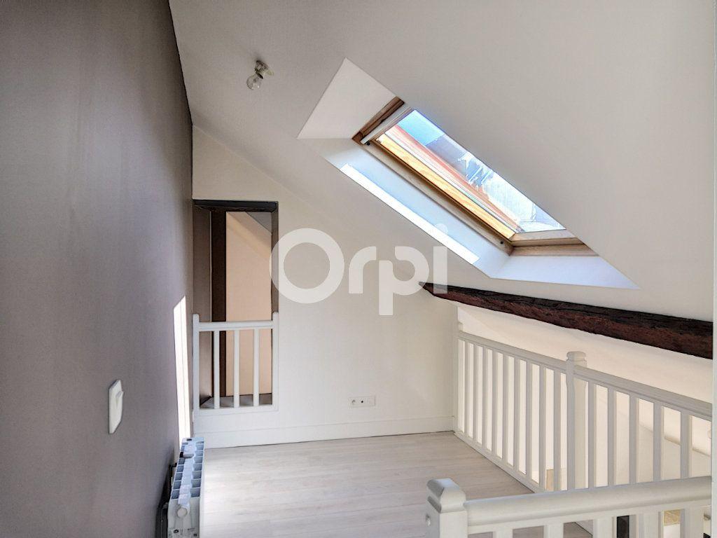 Appartement à louer 3 68.06m2 à Orléans vignette-8