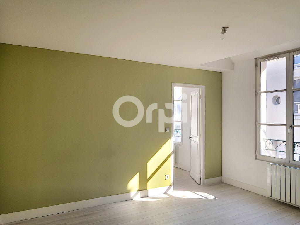 Appartement à louer 3 68.06m2 à Orléans vignette-10