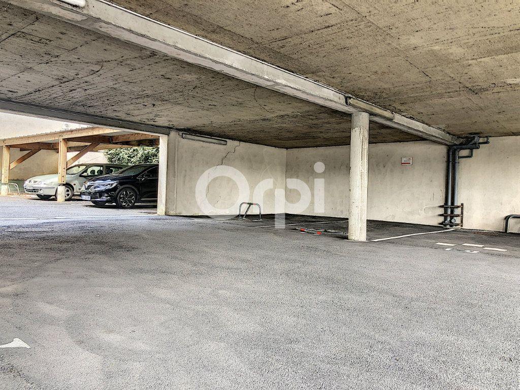 Stationnement à louer 0 13m2 à Orléans vignette-3