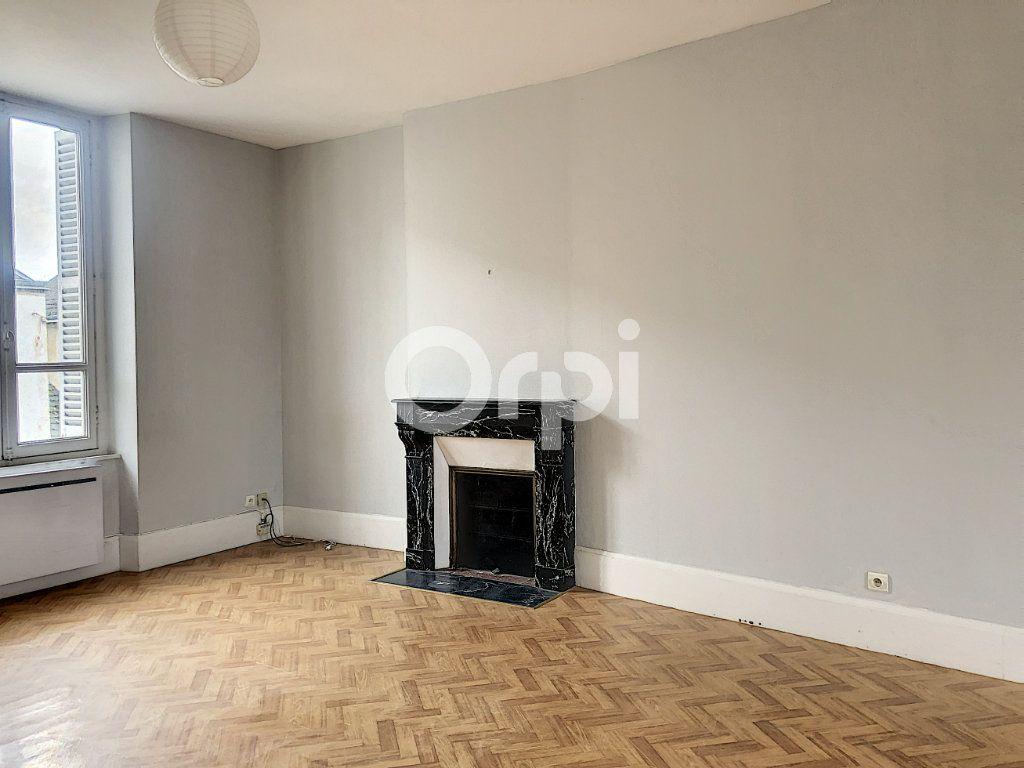 Appartement à louer 3 69.52m2 à Olivet vignette-7