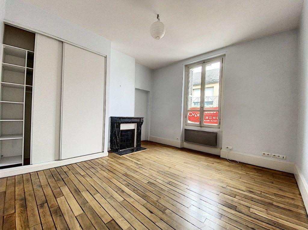 Appartement à louer 3 69.52m2 à Olivet vignette-8