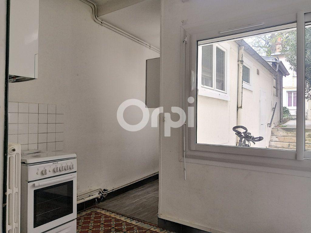 Appartement à louer 2 33m2 à Orléans vignette-7