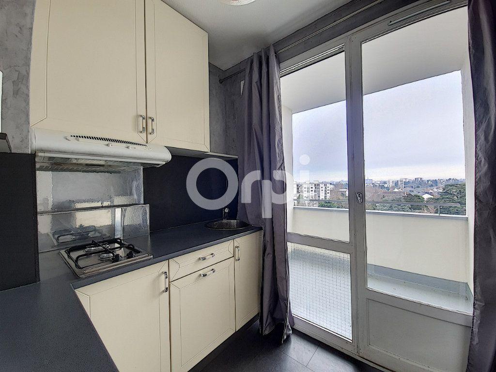 Appartement à louer 1 29.65m2 à Olivet vignette-2
