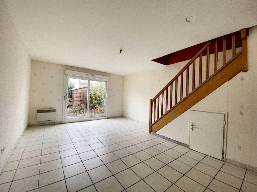 Appartement à vendre 3 71.45m2 à Saint-Jean-de-Braye vignette-2