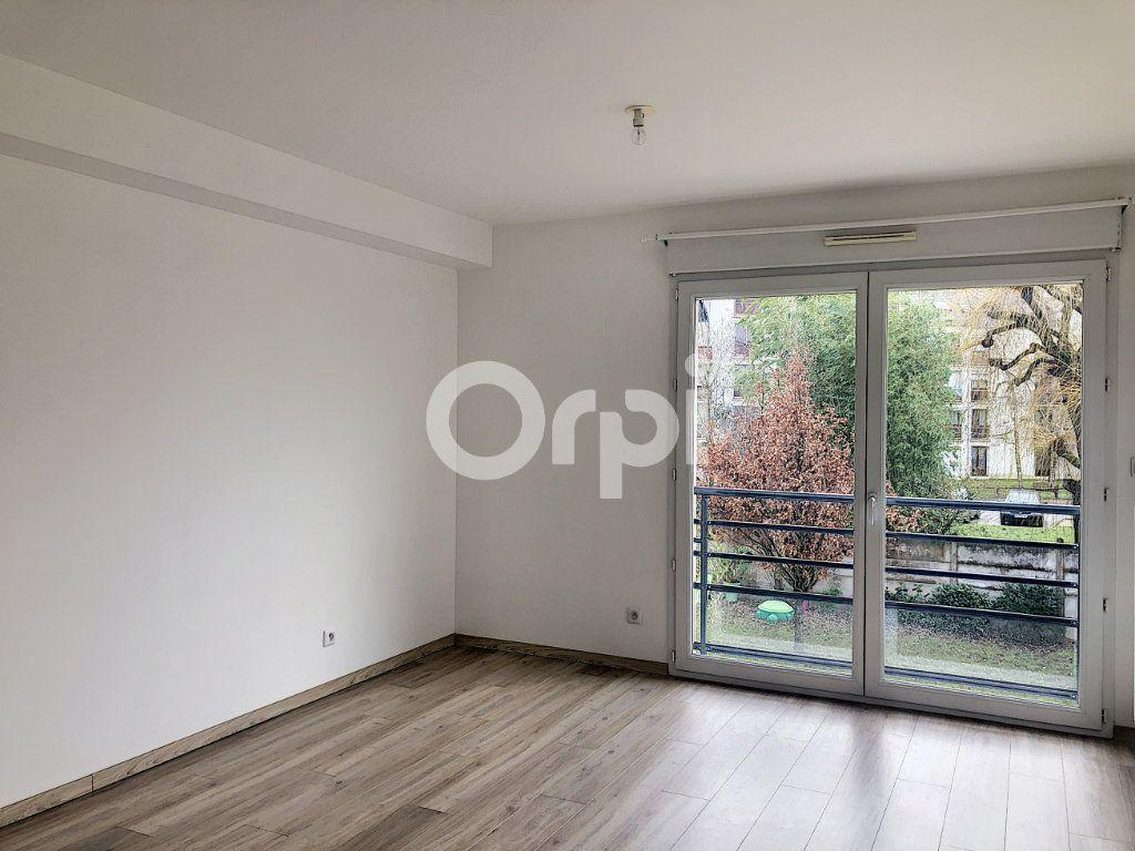 Appartement à louer 1 28.65m2 à Orléans vignette-1