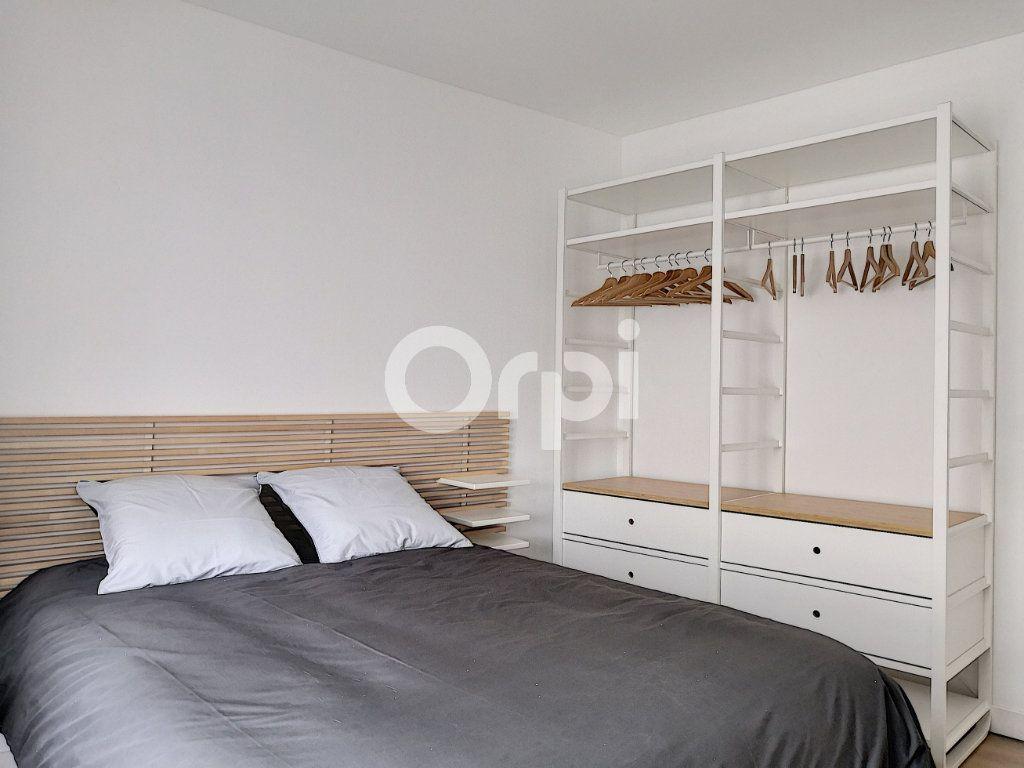 Appartement à louer 1 16.33m2 à Orléans vignette-2
