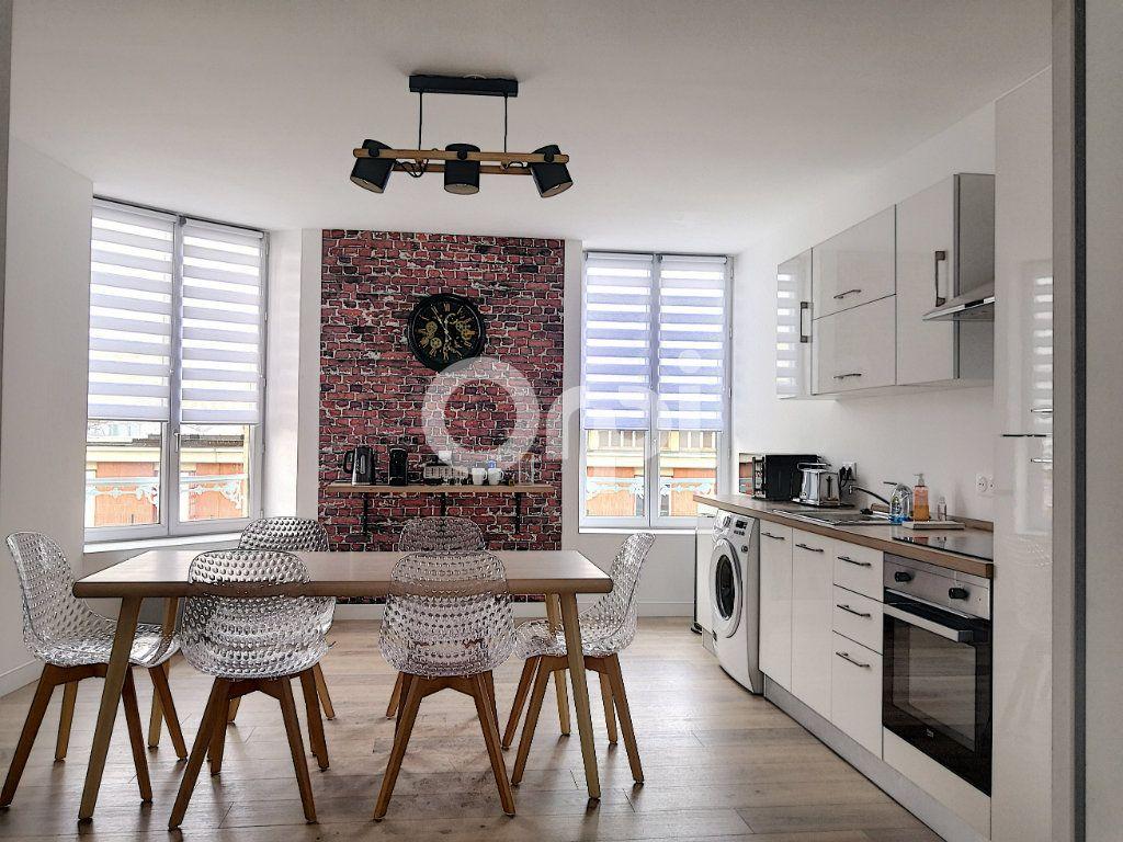 Appartement à louer 1 16.33m2 à Orléans vignette-9