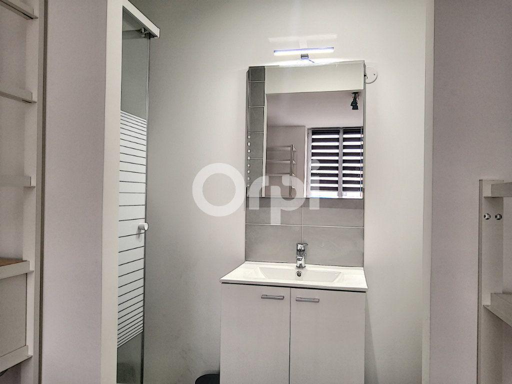 Appartement à louer 1 18.93m2 à Orléans vignette-3