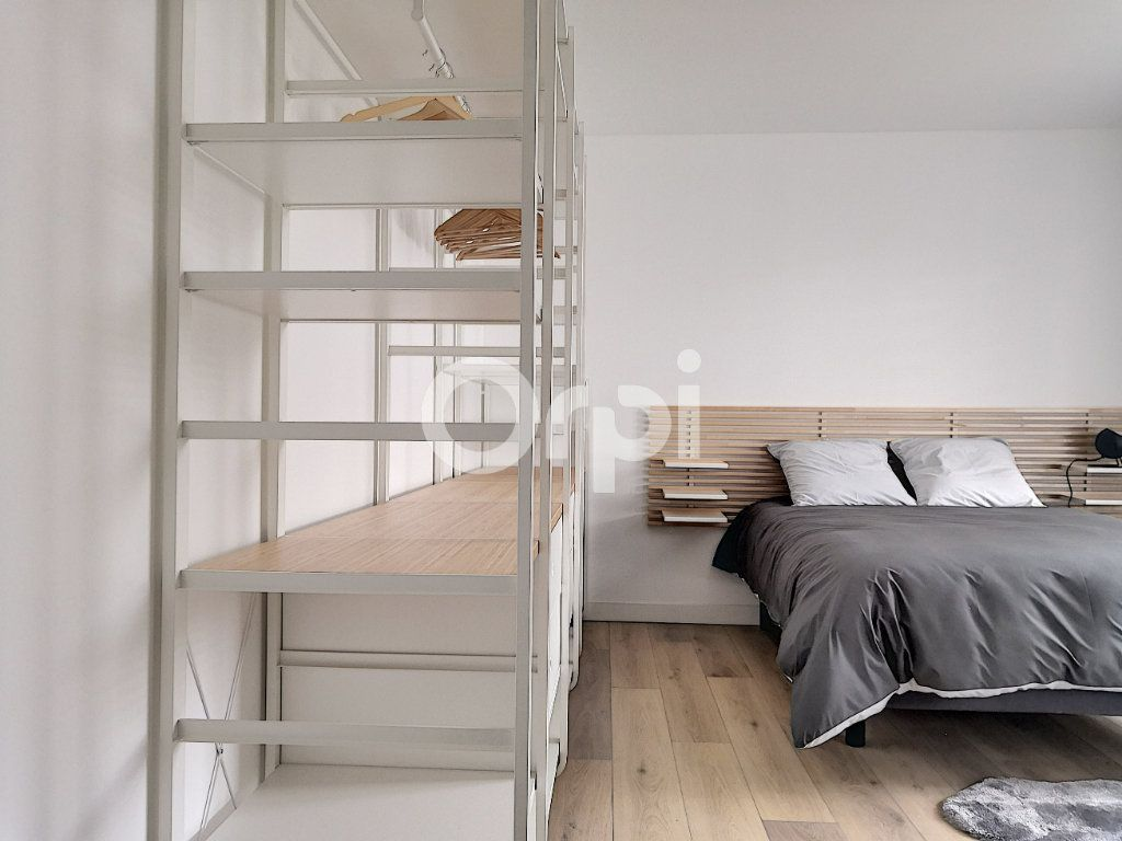 Appartement à louer 1 19.09m2 à Orléans vignette-2
