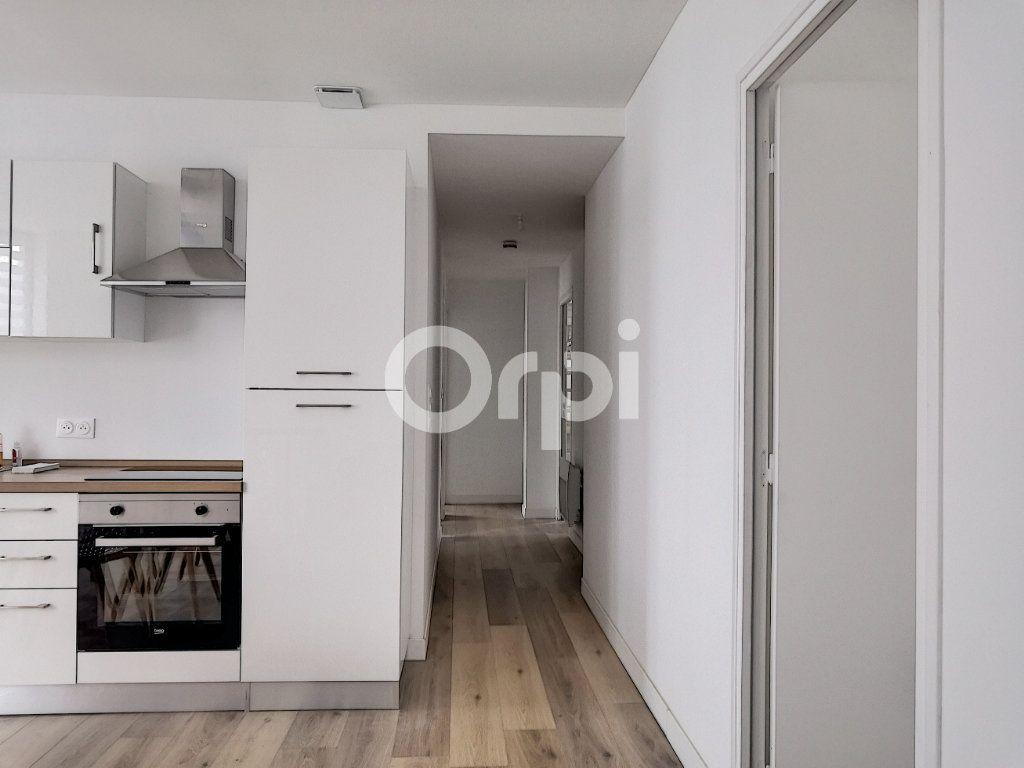 Appartement à louer 1 19.09m2 à Orléans vignette-9