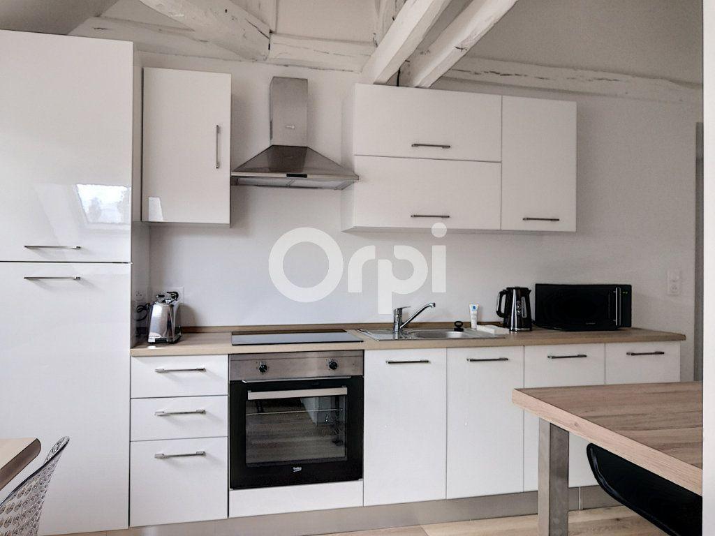 Appartement à louer 1 11.86m2 à Orléans vignette-5