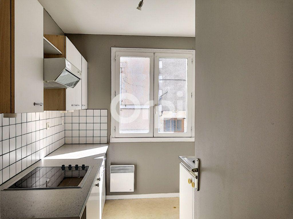 Appartement à louer 2 46.32m2 à Orléans vignette-3