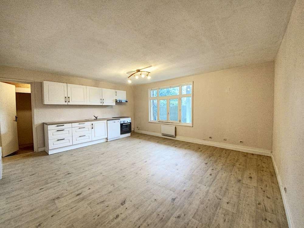 Appartement à louer 2 50.37m2 à Artenay vignette-1