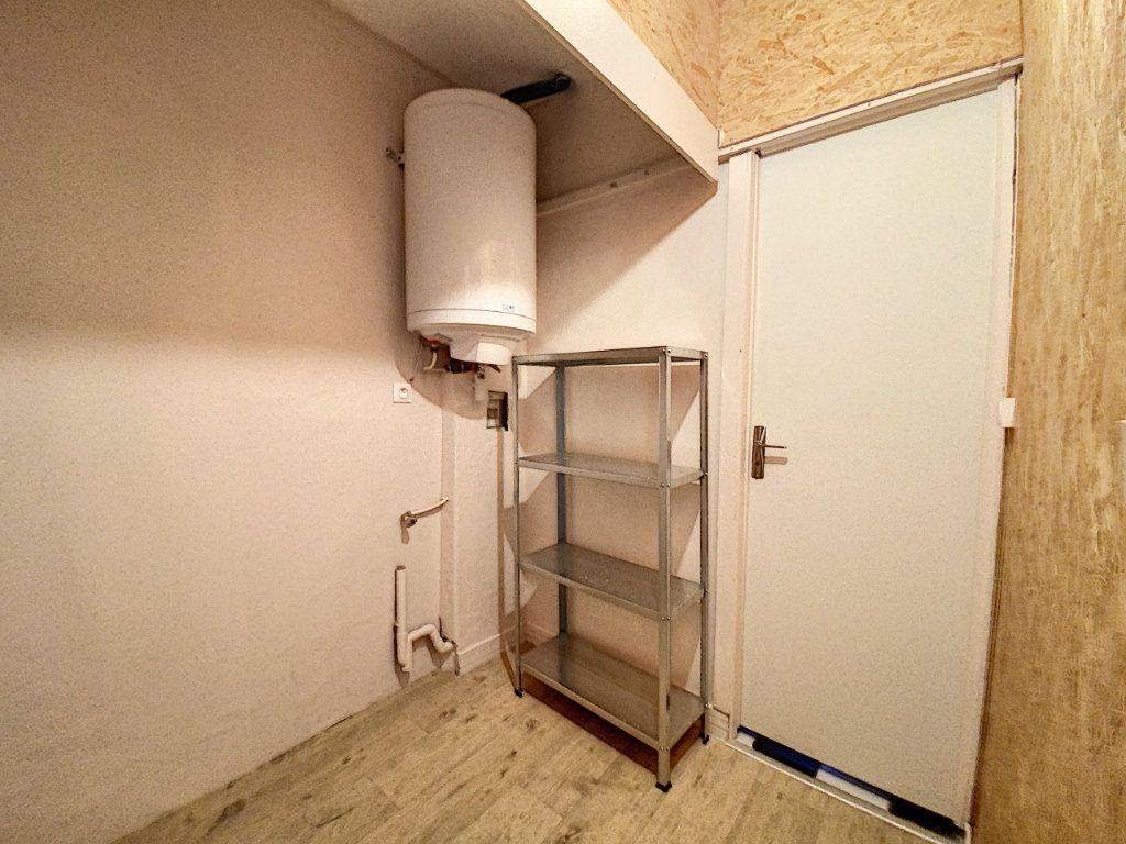 Appartement à louer 2 50.37m2 à Artenay vignette-5