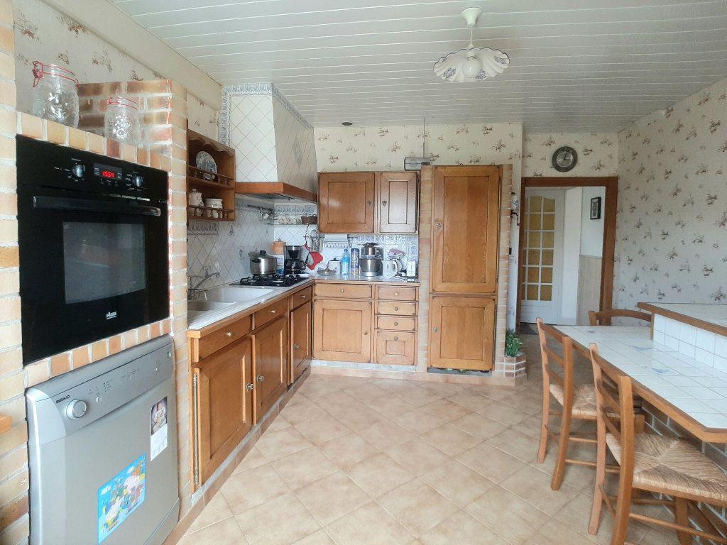 Maison à vendre 5 118m2 à Saint-Sigismond vignette-4