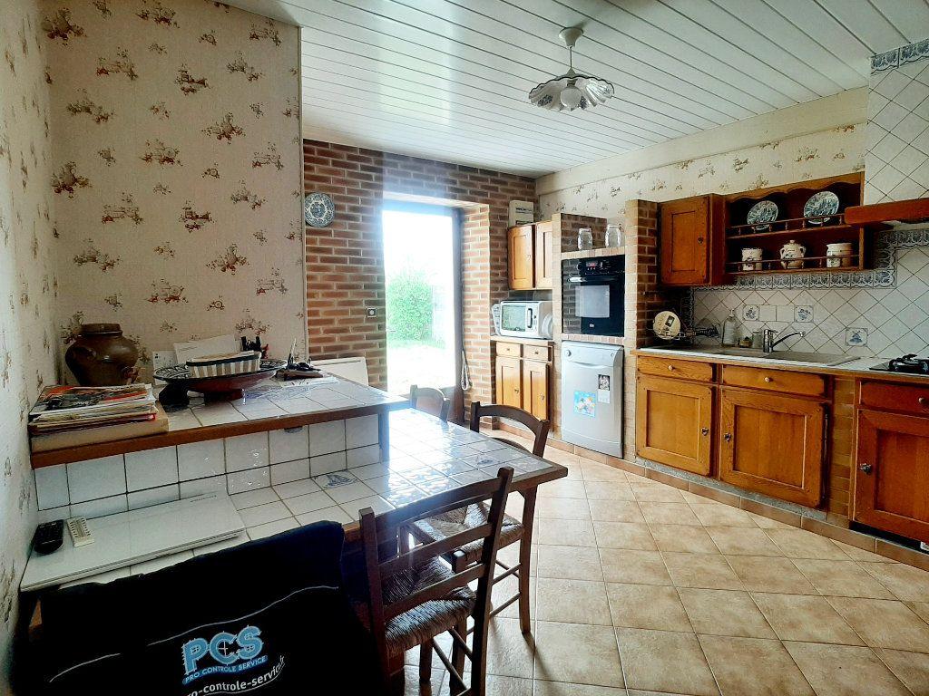 Maison à vendre 5 118m2 à Saint-Sigismond vignette-5