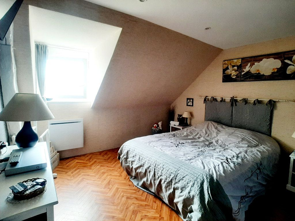 Maison à vendre 5 118m2 à Saint-Sigismond vignette-6