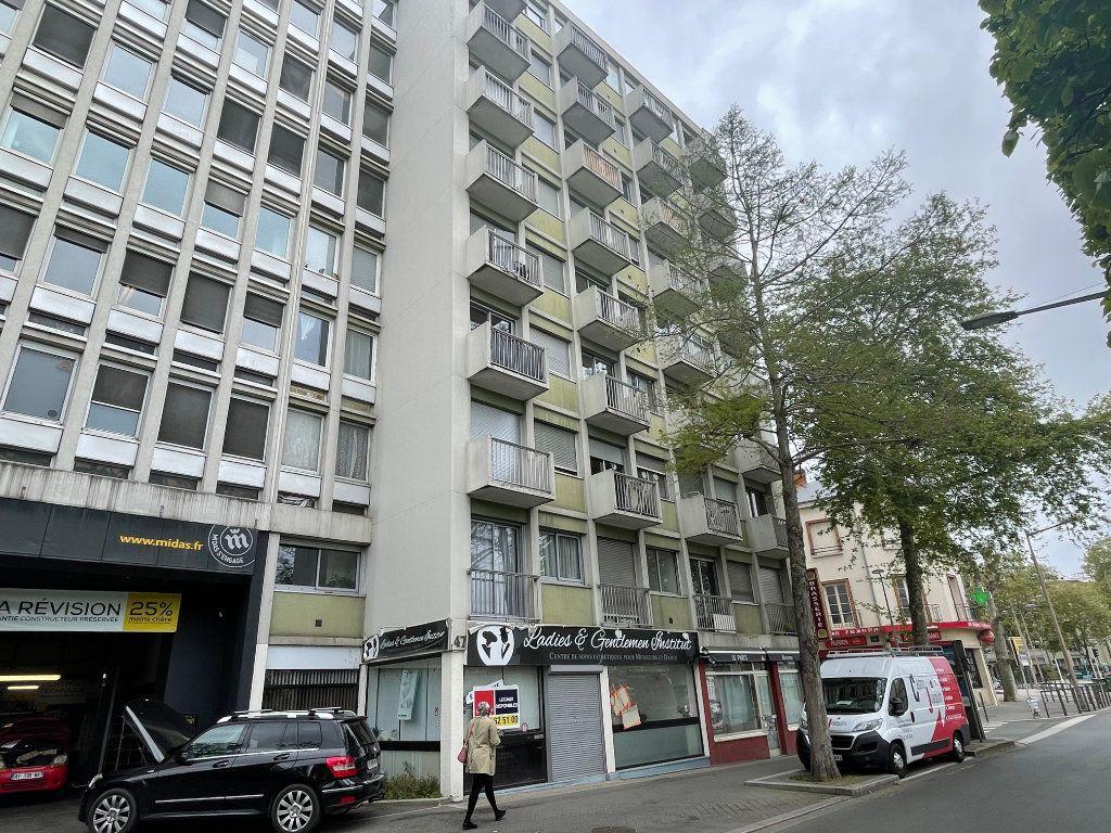 Appartement à vendre 2 40m2 à Orléans vignette-6