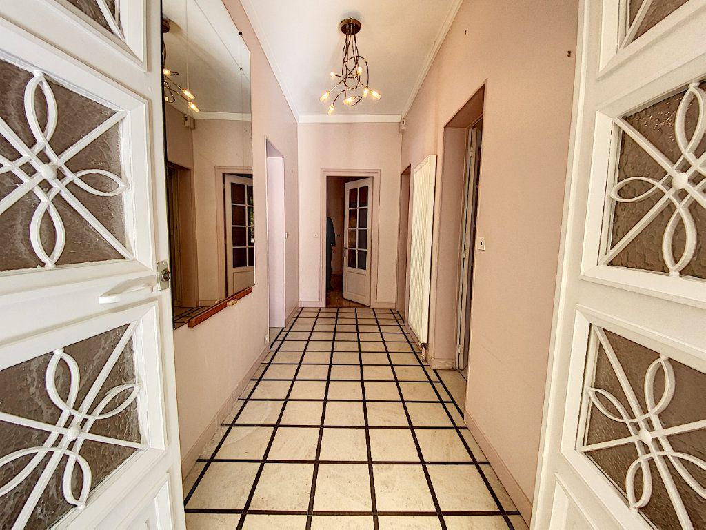 Appartement à vendre 5 182.25m2 à Orléans vignette-3